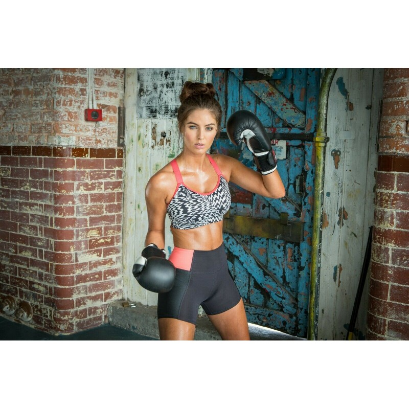 3f65cb886a4 Pour Moi Sports Energy 97003 Underwired Lightly Padded Convertible Sports  Bra